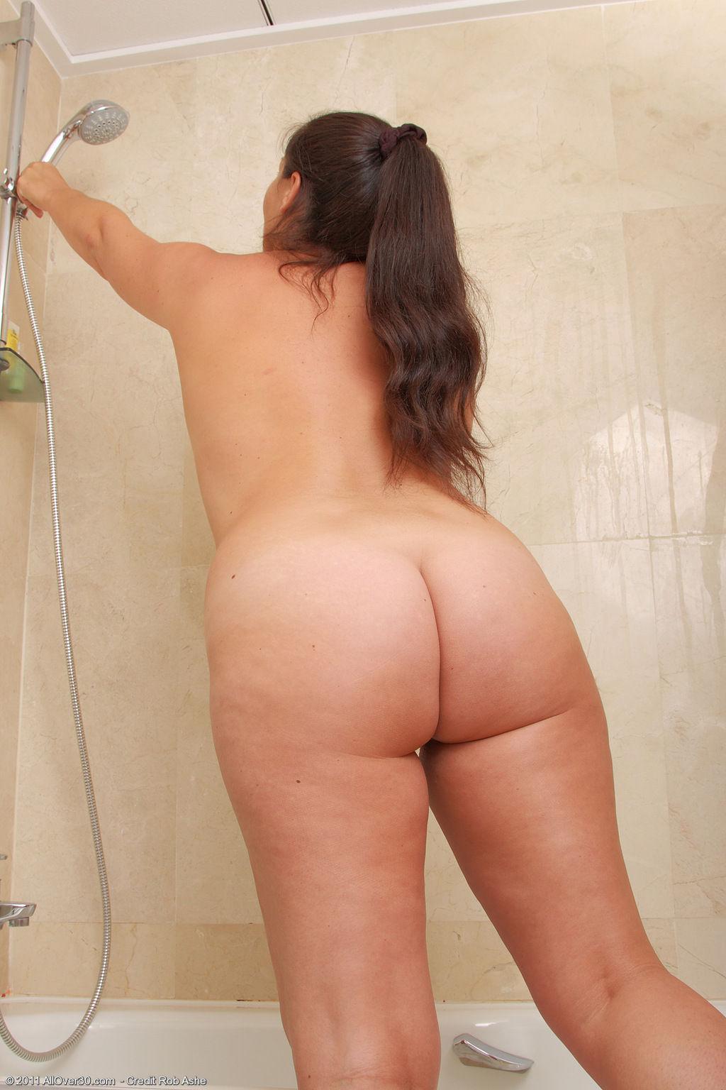 Растянулись голая попа жирной женщины станет мужем