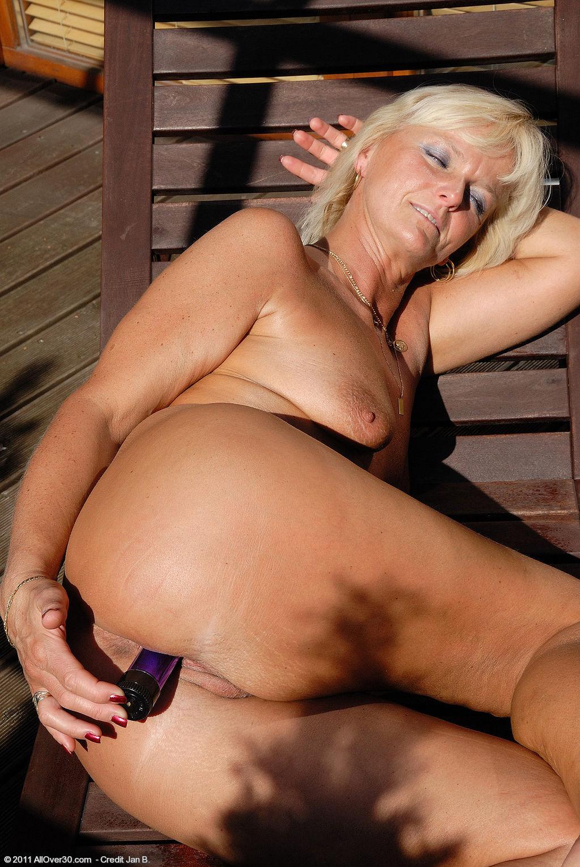 Тетя занимается с внуком сексом 17 фотография