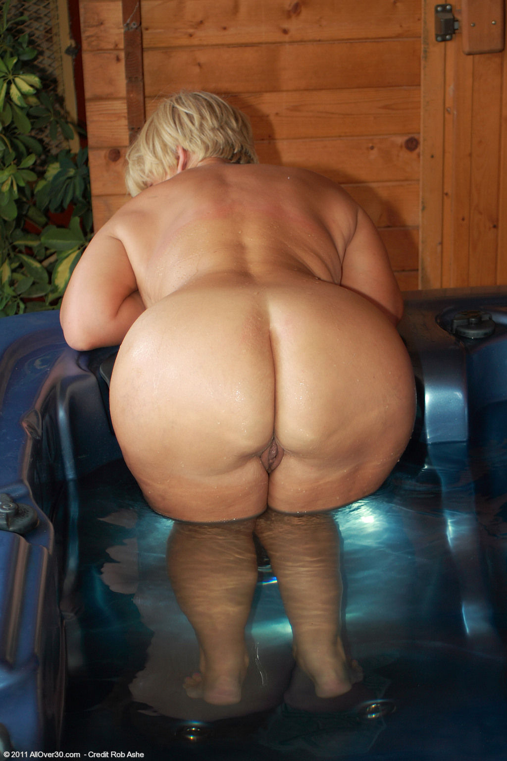 Порно толстые женщины жопа