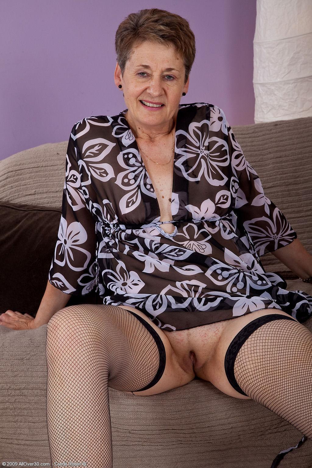 Фото старые бабы в трусах, порно с старой узбечка