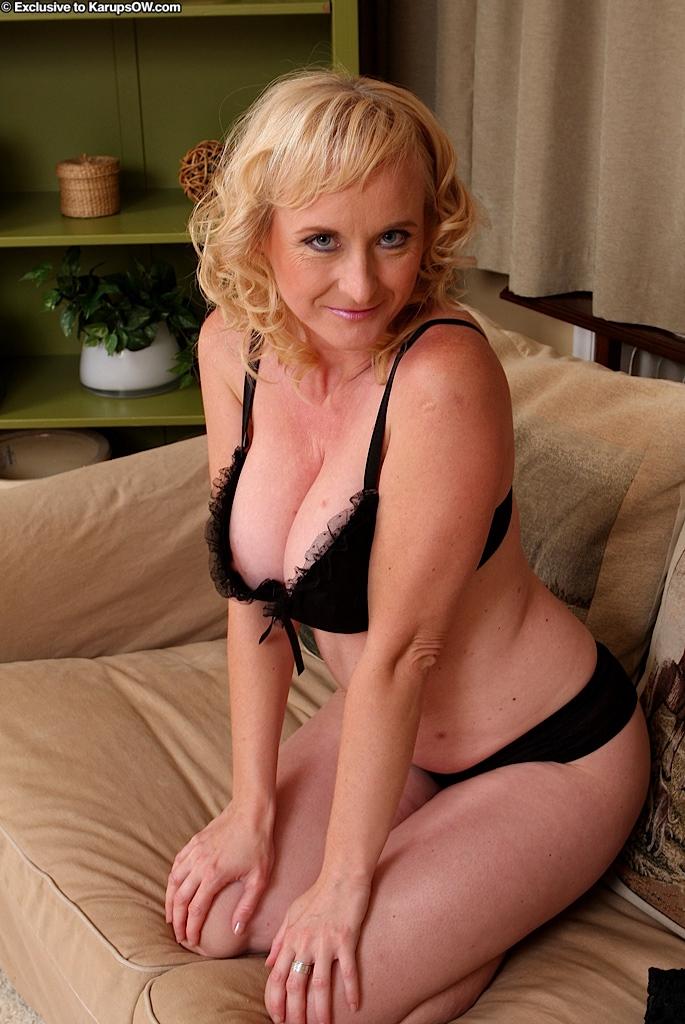 смотреть зрелые женщины онлайн-хв7